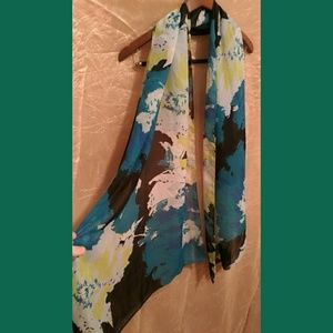 Accessories - Lovely sheer teal floral scarf